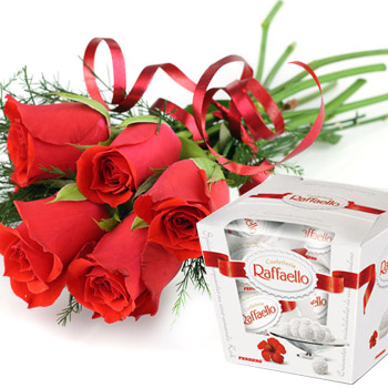 Red Roses and candies